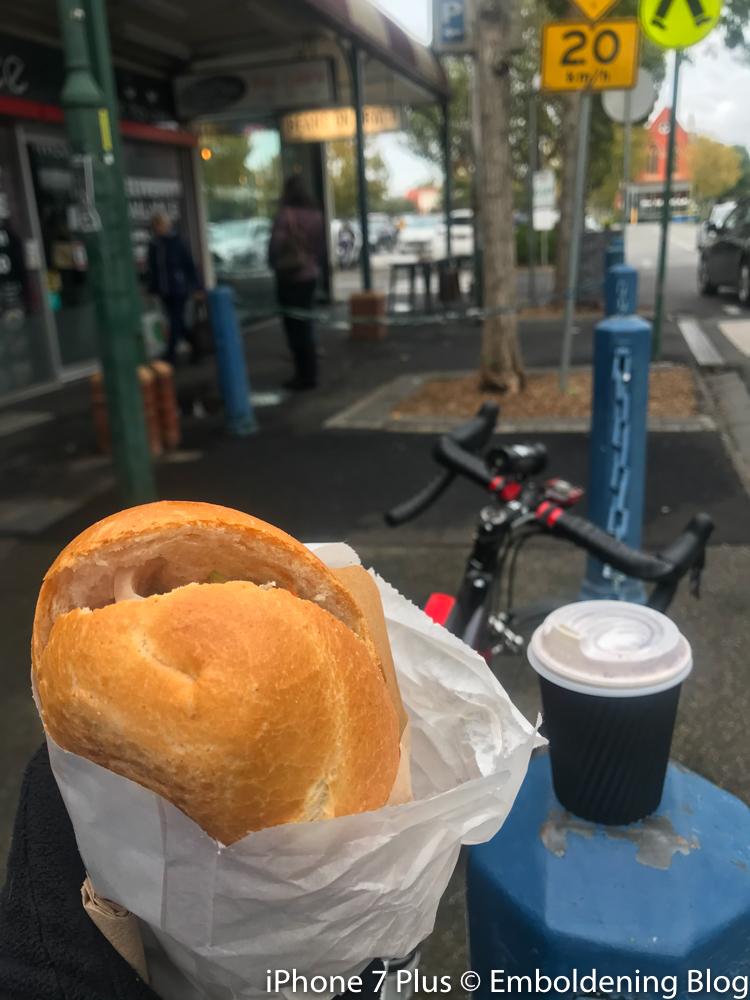 Pratt St 買Bánh Mi